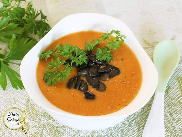 kremowa-zupa-z-dyni-i-paptatow-2