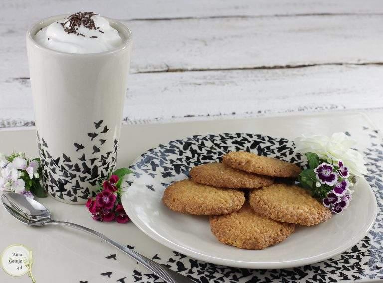 chrupiace-ciasteczka-z-platkow-jaglanych-i-kokosa-4