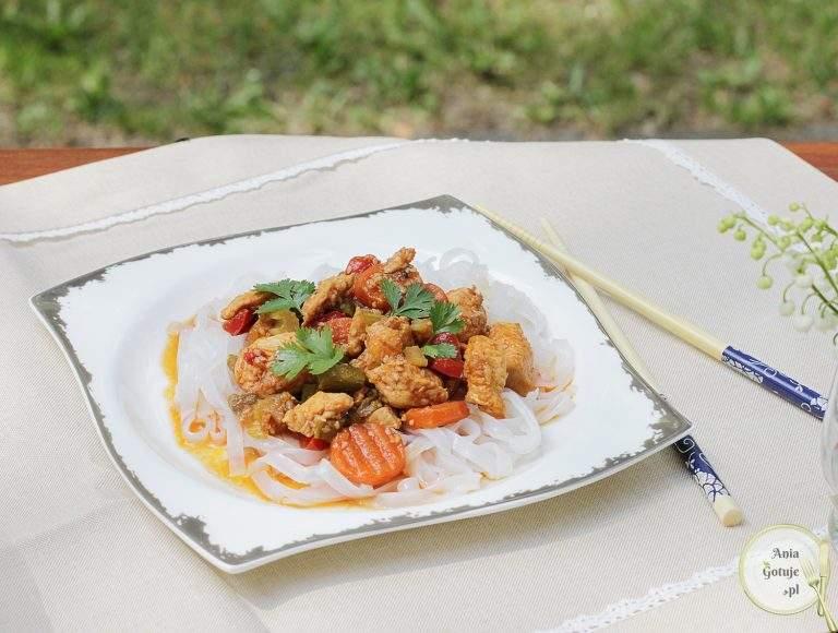 chinszczyzna-z-kurczakiem-i-szparagami-1