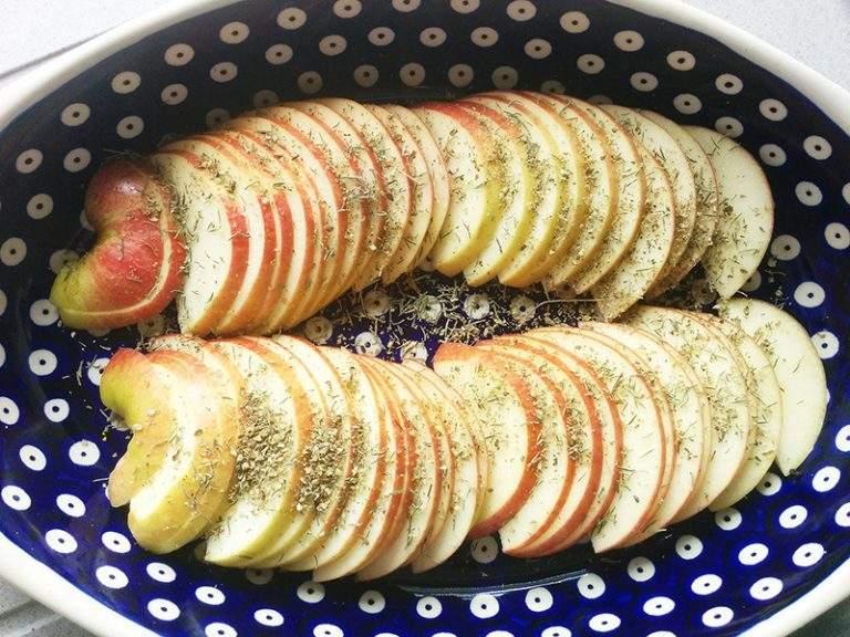 kacze-nogi-pieczone-na-jablkach-2
