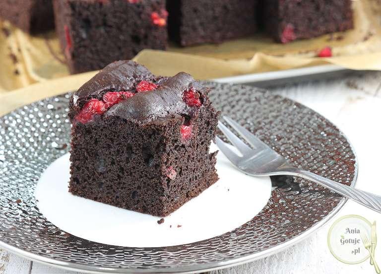 murzynek-brownie-z-porzeczkami-3